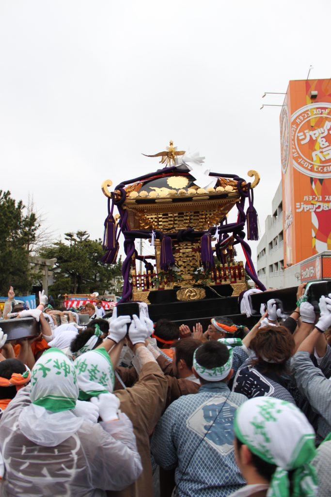 銚子 神輿パレード 銚港神社から白幡神社まで