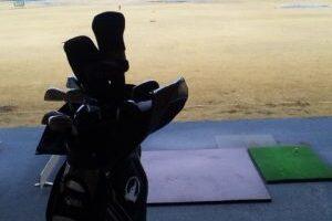 「ゴルフ練習場」 寒い時期でも人数の多さに驚きました